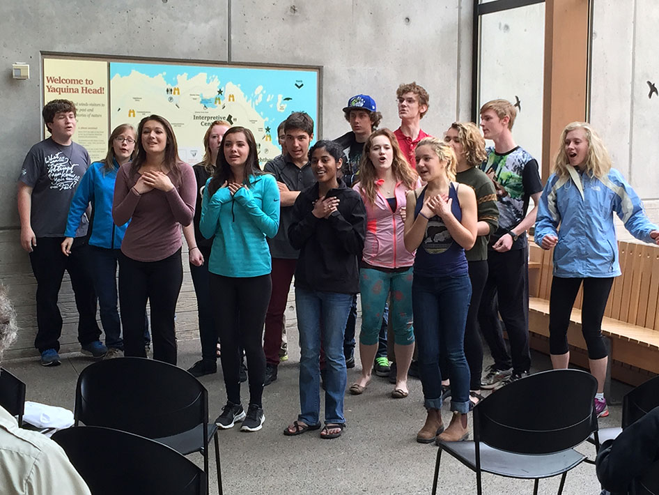 2015-04-13 Choir Newport Field Trip