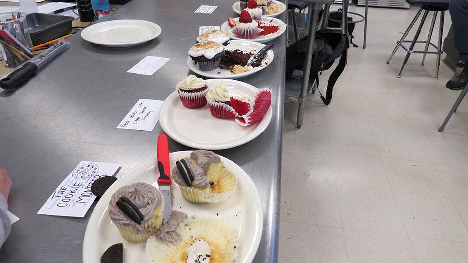 2015-04-17-cupcake-wars-2015-12pm-13