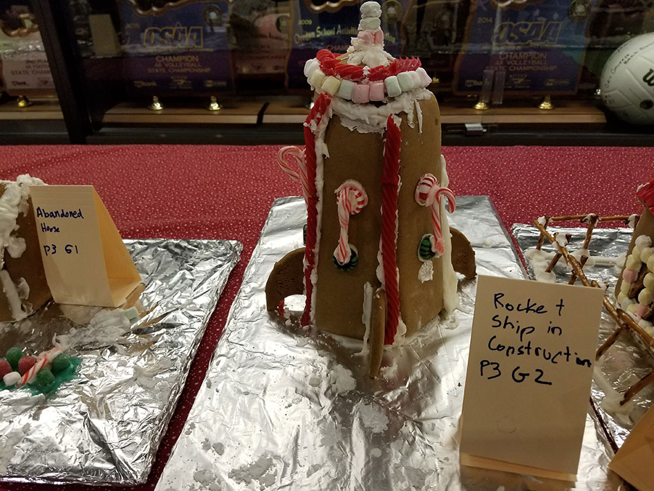 2017-12-15-gingerbread-houses-07