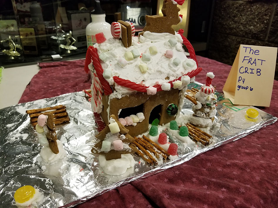 2017-12-15-gingerbread-houses-17
