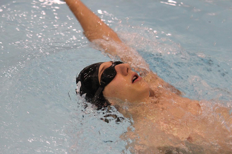 2012-01-23-swim-team-05