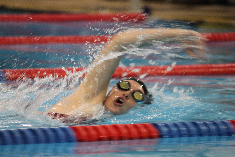 2012-01-23-swim-team-08