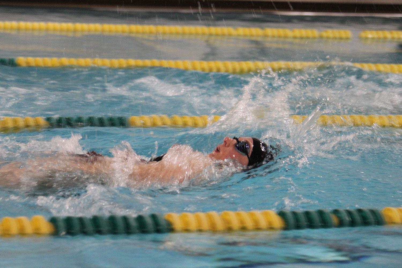 2012-01-30-swim-team-03