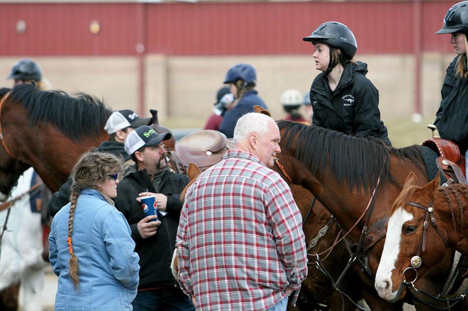 2014-02-25-equestrian-team-03