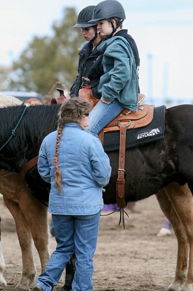 2014-02-25-equestrian-team-07