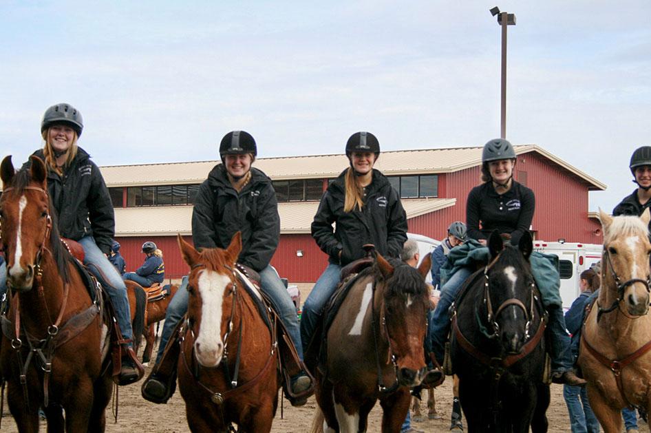2014-02-25-equestrian-team-15