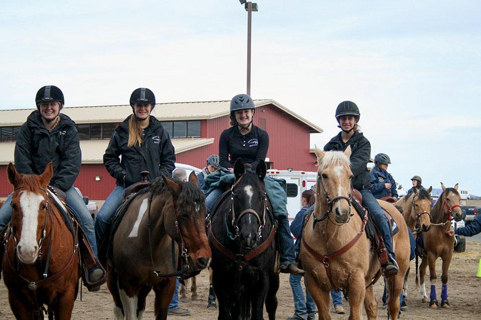 2014-02-25-equestrian-team-16