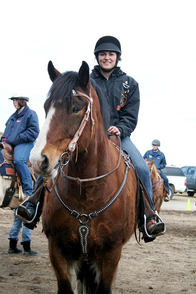 2014-02-25-equestrian-team-20