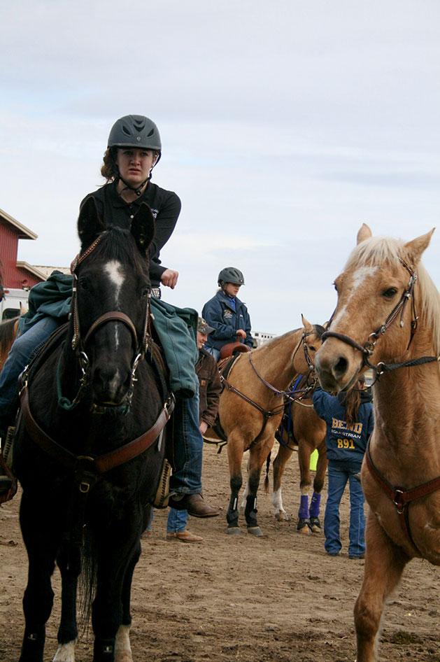 2014-02-25-equestrian-team-21