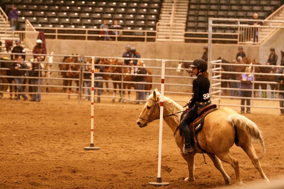 2014-02-25-equestrian-team-27