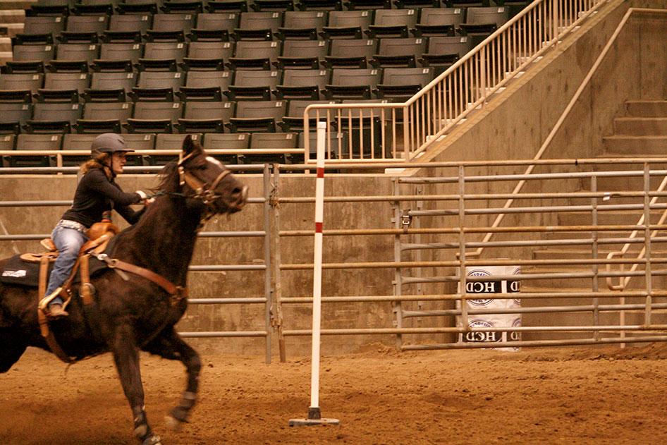 2014-02-25-equestrian-team-37