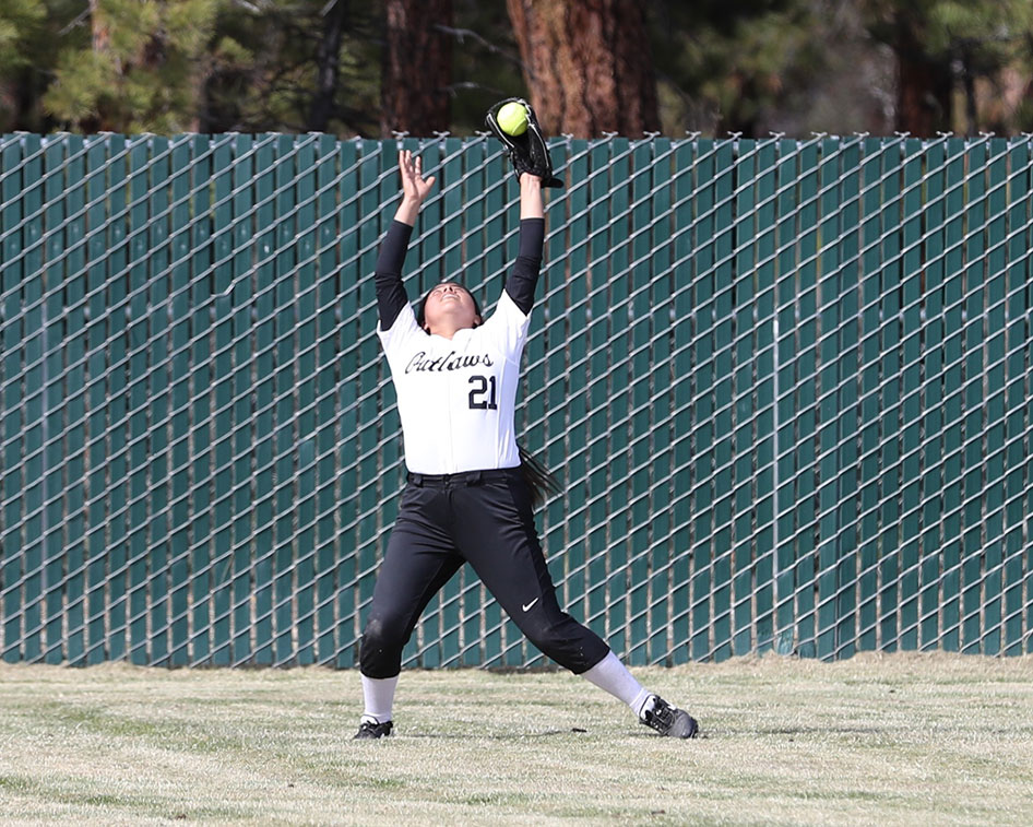 2017-softball-season-15