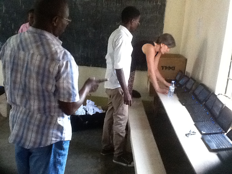 2015-01-30 Uganda School Computers