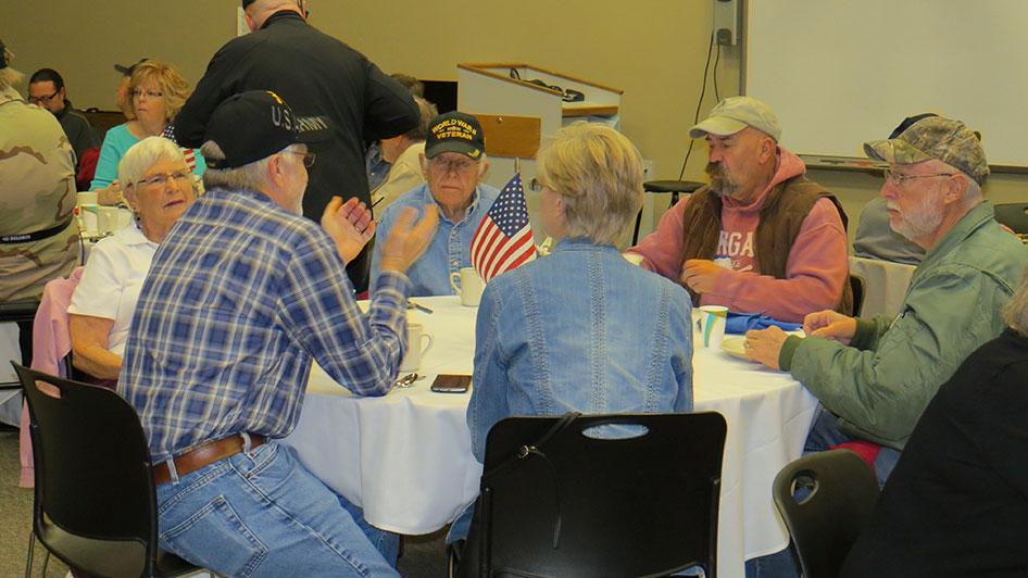 2014-11-07-Veterans-Day-Breakfast-04