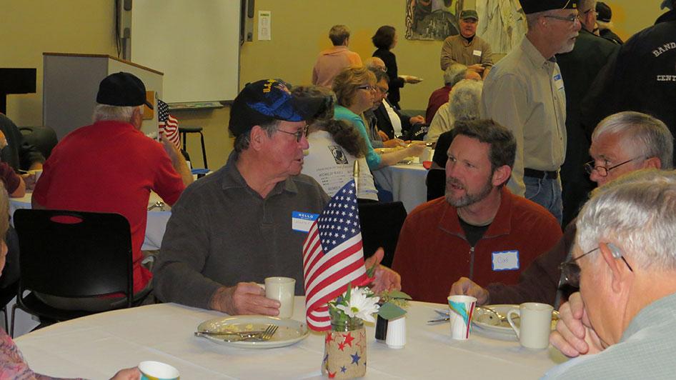 2014-11-07-Veterans-Day-Breakfast-07