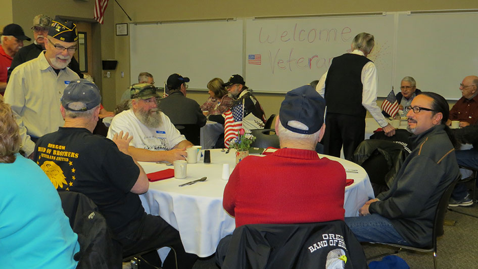 2014-11-07-Veterans-Day-Breakfast-12