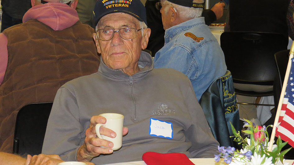 2014-11-07-Veterans-Day-Breakfast-14